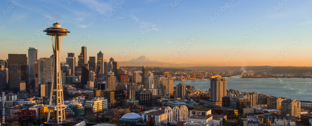 Fototapety, obrazy: Seattle Skyline at Sunset with Space needle