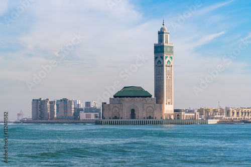 The Hassan II Mosque in Casablanca is the largest mosque in Morocco Fotobehang