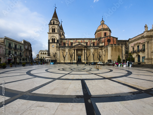 Photo Italien, Sizilien,Acireale, Piazza Duomo, die Kirche Parrocchia Maria Ss
