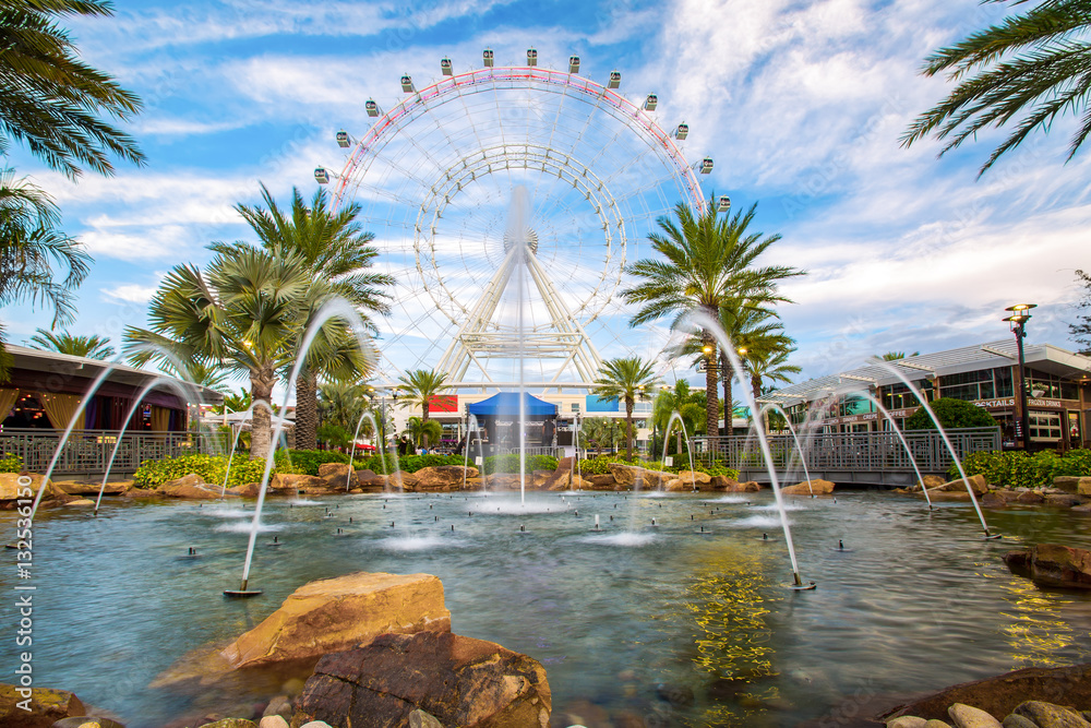 Fototapety, obrazy: The Orlando Eye is a 400 feet tall ferris wheel in the heart of Orlando and the largest observation wheel on the east coast, United States