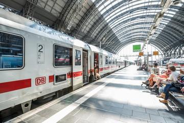 Traffic Frankfurt am Main - Bahnhof