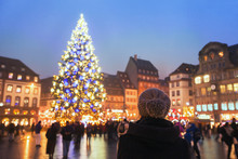 People In Christmas Market, Wo...