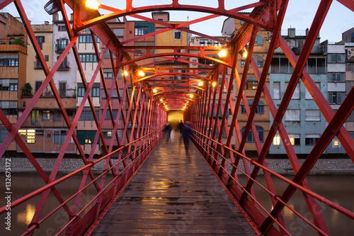 Photo  Eiffel Bridge in Girona at Evening