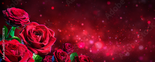 Foto op Aluminium Roses Valentine Card - Bouquet Of Red Roses On Shiny Background