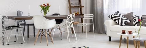 Fotografía  Black and white modern interior