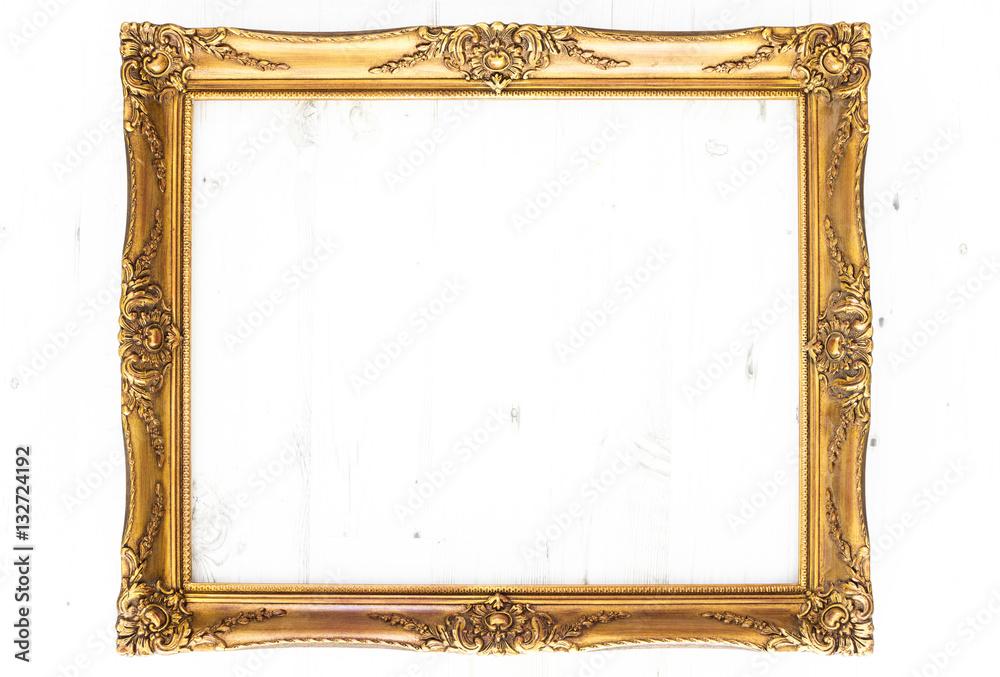 goldener bilderrahmen im querformat isoliert mit textfreiraum foto poster wandbilder bei. Black Bedroom Furniture Sets. Home Design Ideas