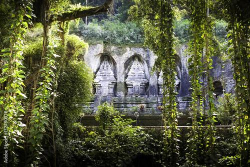 Foto op Aluminium Bali Bali temple gunung kawi in jungle