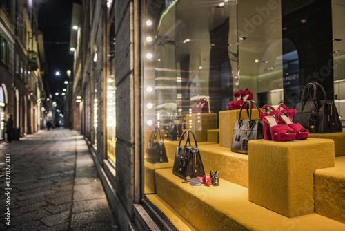 Fotografia milan shopping district