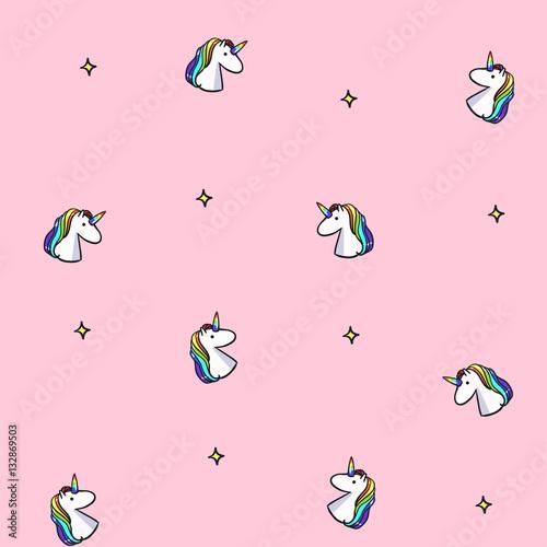 wektorowy-bezszwowy-wzor-z-tecz-jednorozec-rozowy-jednorozec-tlo