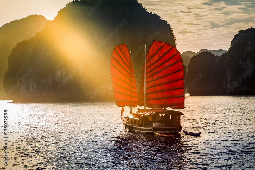 Fototapeta Ha Long Bay, Vietnam