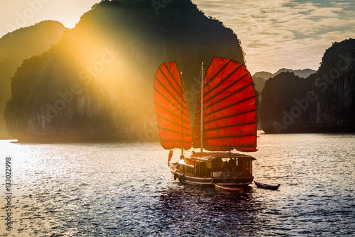 Photo  Ha Long Bay, Vietnam