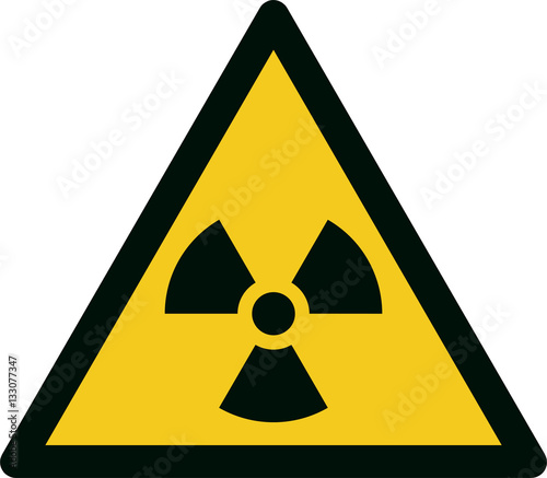 Fotografía ISO 7010 W003 Warning; Radioactive material or ionizing radiation