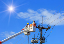 Electricians  Repairing Wire O...