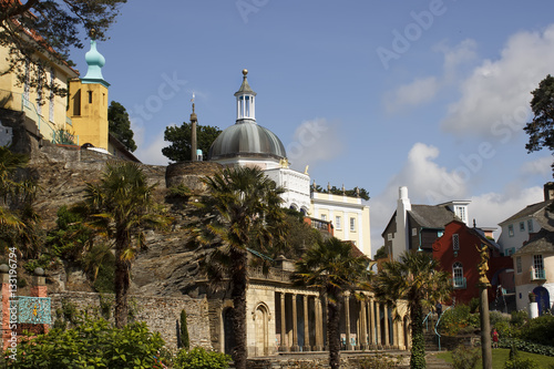 Stickers pour portes Delhi Portmeirion Villlage in North Wales an Italian inspired set of