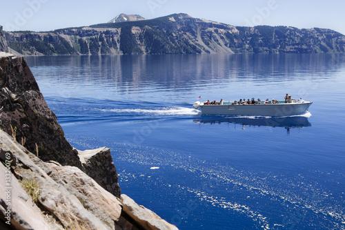 Photo Crater Lake boat tour