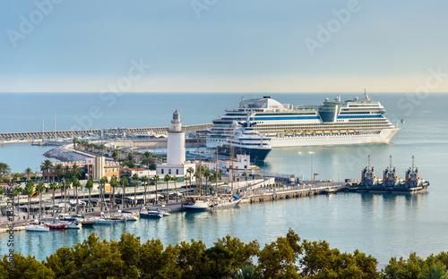 Foto op Aluminium Strand View of the seaport in Malaga, Spain