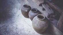 Ancient Terracotta Jars (vintage Style)