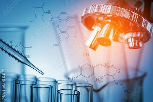 Fotografia  microscope and laboratory test tube , science research concept