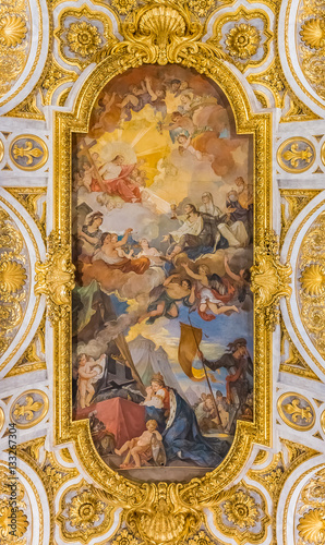 Photographie  Ornate ceiling of the Church of San Luigi dei Francesi in Rome