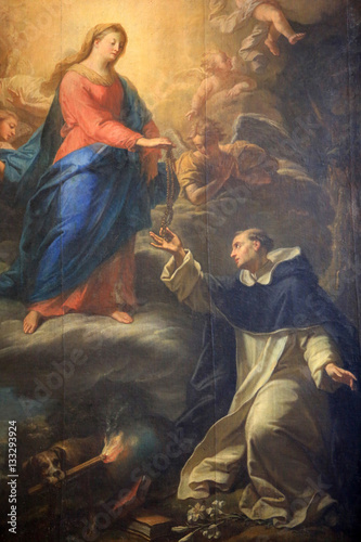 dar-rozanca-sw-dominika-katedra-saint-jean-baptiste-et-saint-etienne-lyon