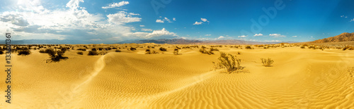 Foto op Plexiglas Oranje Panoramic view on Death Valley National Park