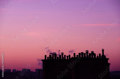 cheminée chauffage énergie paris toit solei lever ciel silouet