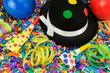 Bunte Partydeko für Fasching oder Geburtstag