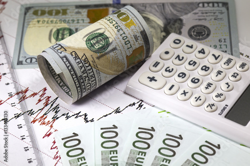 Dollar Euro Currency Exchange Prices Chart Red And Black Lines On The Diagram Ruler