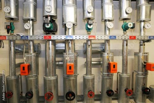 Fotografija  Stellantriebe für Ventile (Actuators for valves)