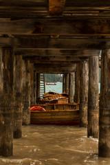 Fototapeta na wymiar La famosa palafitta sul Lago di Braies, Pragser Wildsee, Bolzano, Trentino Adige, Italia