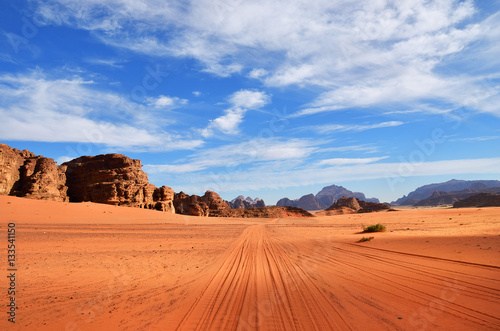 Photo sur Toile Desert de sable Wadi Rum desert, Jordan