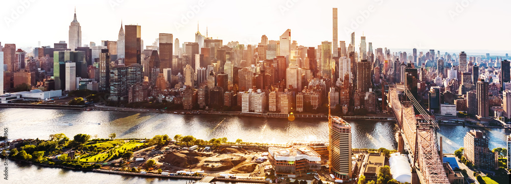 Fototapety, obrazy: Queensboro Bridge over the East River in New York City