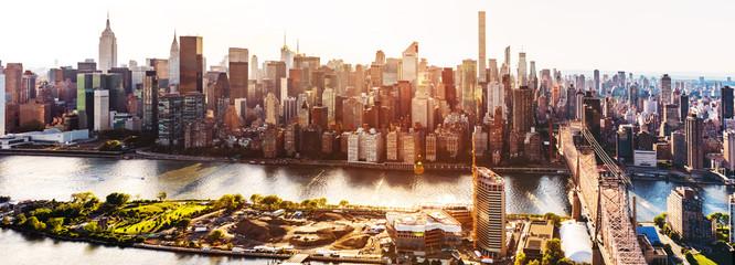 Fototapeta Queensboro Bridge over the East River in New York City