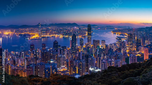 Poster Hong-Kong Panorama view before sunrise on Hong Kong Peak, Hong Kong