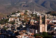 Santa Prisca De Taxco, Main Re...