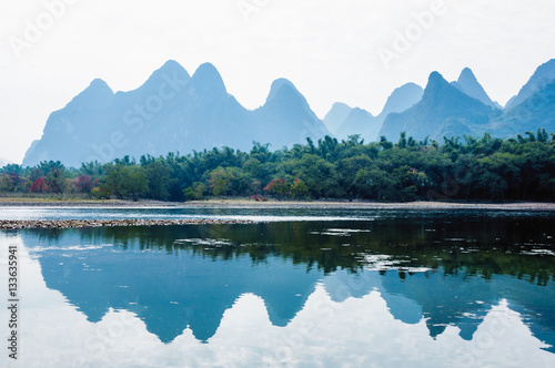 Foto op Canvas Karst mountains and Lijiang River scenery