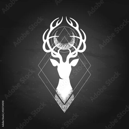 deer-silhouette-and-moon