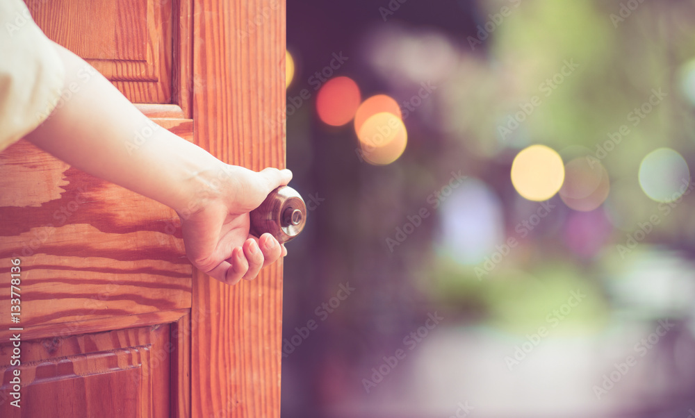 Fototapety, obrazy: Women hand open door knob or opening the door.