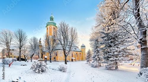 Photo  Winteridylle im Erzgebirge - Kirche St