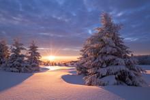 Wunderschöner Sonnenaufgang A...
