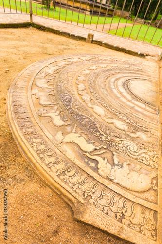 Fotografia, Obraz  Anuradhapura Mahasen Palace Moonstone Carving