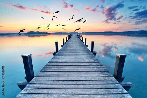 wiosenne-przebudzenie-nad-jeziorem