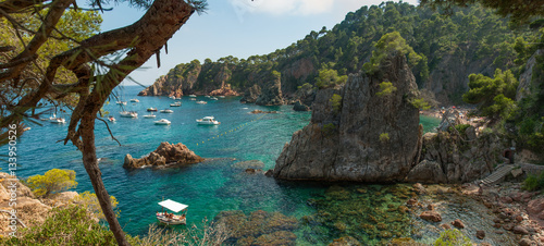 Tableau sur Toile Typical Costa Brava beach at Gerona