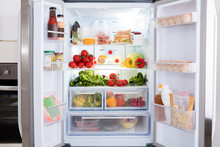 Refrigerator With Fruits And V...