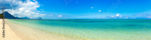 Sandy tropical beach. Panorama.