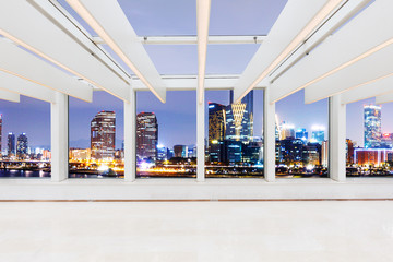 Fototapetaempty office with glass ceiling interior