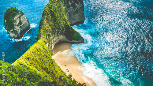 Foto op Aluminium Bali Manta Bay or Kelingking Beach on Nusa Penida Island, Bali, Indonesia