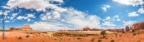 Poster Oranje eclat Monument Valley National Tribal Park panorama