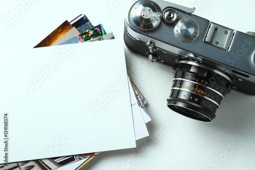 Fototapeta Old retro camera on vintage white background obraz na płótnie