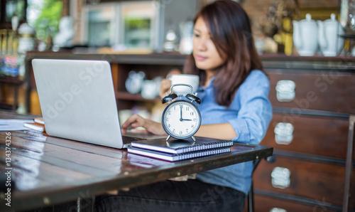 Fototapeta hand control on a laptop touchpad obraz na płótnie
